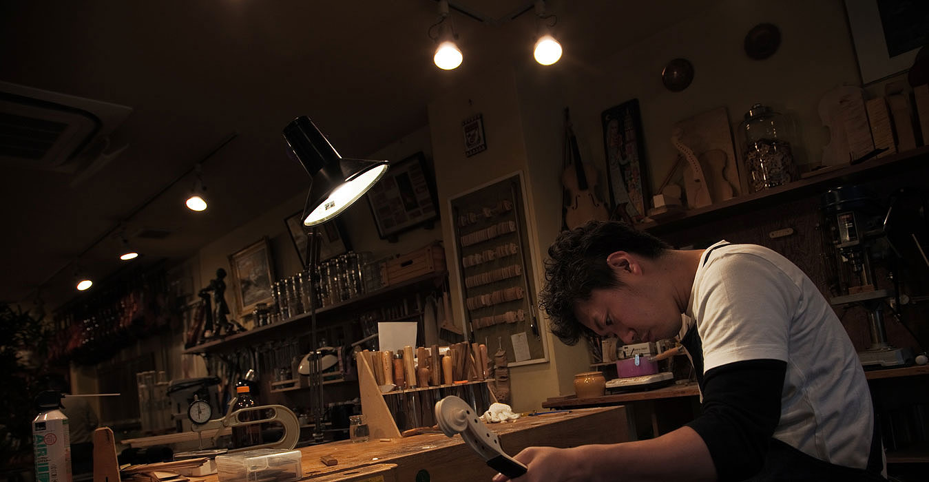 大阪でバイオリンの制作を依頼するなら【Liuteria-BATO】 | Takayuki Bato 馬戸 崇之