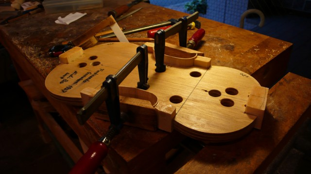 大阪でバイオリンの制作を依頼するなら【Liuteria-BATO】 | Order Made 弦楽器製作家によるオーダーメード