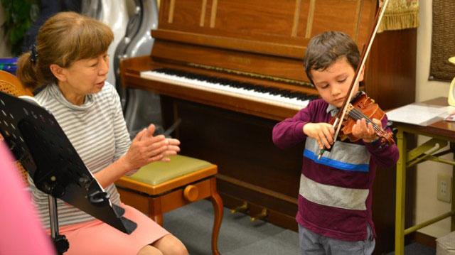 大阪でバイオリンの制作を依頼するなら【Liuteria-BATO】 | Lesson・School バイオリン・チェロのレッスン教室