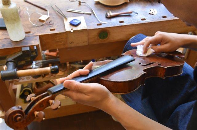 オールド・モダンのバイオリンの修理・調整を依頼するなら【Liuteria-BATO】へ